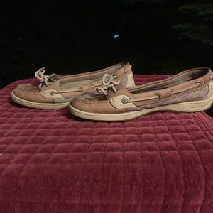 Shoes - Size 8 women's Classic Sperry topsider